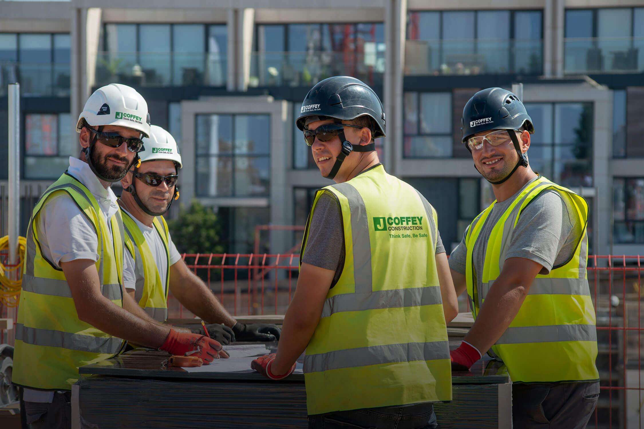 career construction club brings - HD2250×1500